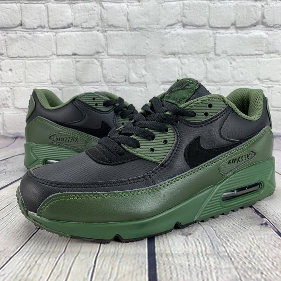new product 0f664 d5b3c Nike Air Max 90 Winter Premium Carbon Green. M 5bec18b1c61777ff6dd810ec
